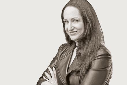 Karin Roth